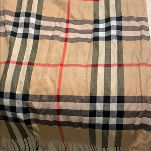 Scarf with Plaid Pattern